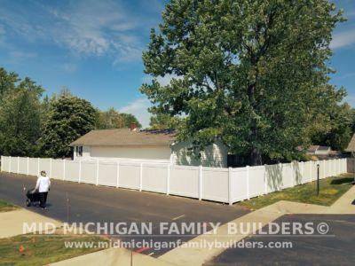 Mid Michigan Family Builders Vinyl Fence 06 01 2018 01