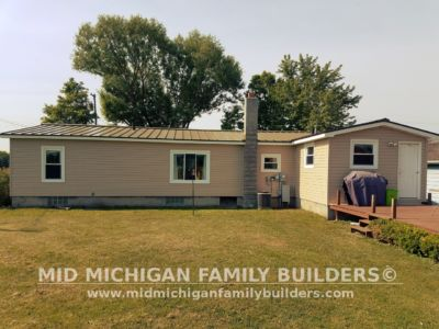 Mid Michigan Family Builders Vinyl Siding 06 11 2018 06