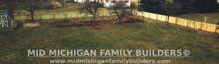 Mid Michigan family Builders Wooden Fence Project 01 2019 03
