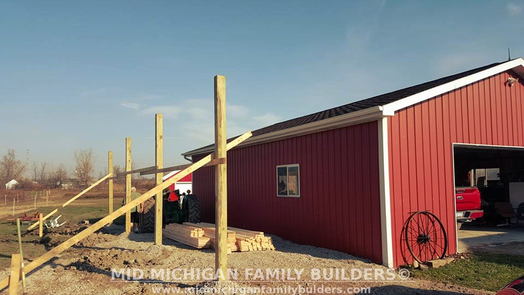 Mid Michigan Family Builders Custom Construction Project Pole Barn Structures lean to
