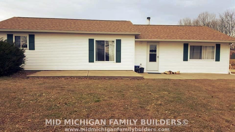 Mid Michigan Family Builders Custom Construction Project Vinyl Siding