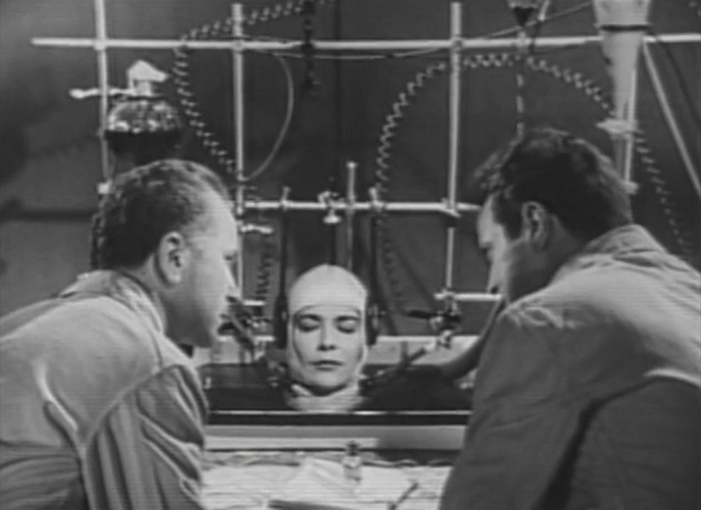 HORROR 101 with Dr. AC: THE BRAIN THAT WOULDNT DIE (1962
