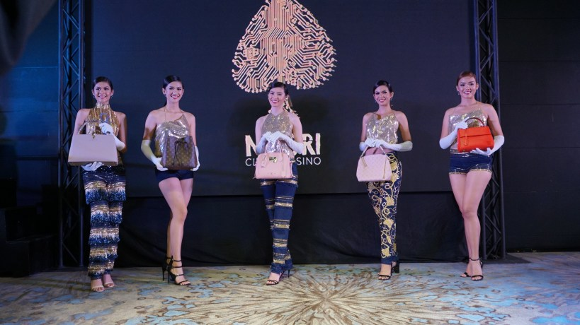 MIDORI'S THRILLBLAZING 3 GRAND FASHION SHOW