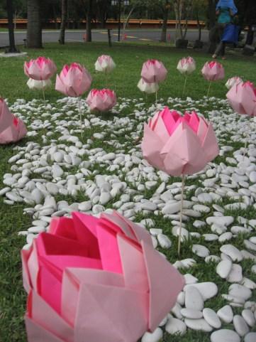 折り紙の蓮