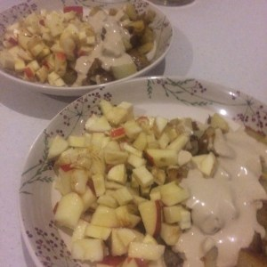 Parsnip and apple salad with lemon olive oil served with fried potatoes and tahini sauce - veg bag meals - midorigreen.co.uk