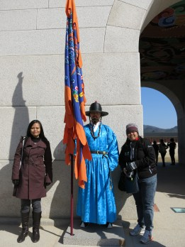 a quick shoot with one of the royal guards. i enjoyed the cold weather in Seoul especially since back home, March is already hot and humid.