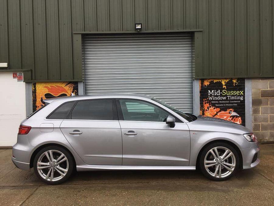 Audi(8)