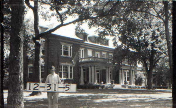 The Herbert and Linda Hall residence at 5109 Cherry in 1940.