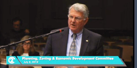 Park Board Commissioner Dave Mecklenburg encouraged the council committee to approve the originally proposed  set of standards.