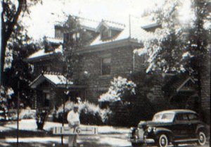 The house at 301 E. Armour in 1940.