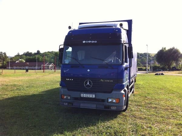 Truck mercedes 1
