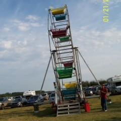 Lewchuck Ferris Wheel