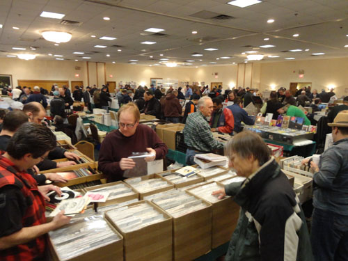 Chicagoland_record_show
