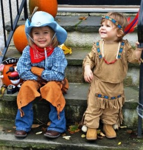 Cowboy-Indian-Kids-976x1024