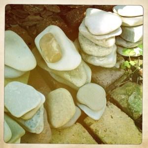 rocks organized