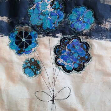 Marbled flower wall hanging