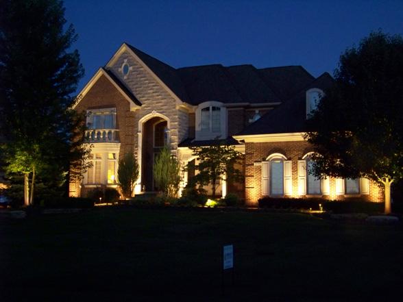 house landscape lights midwest