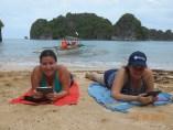 Beachy book lovers