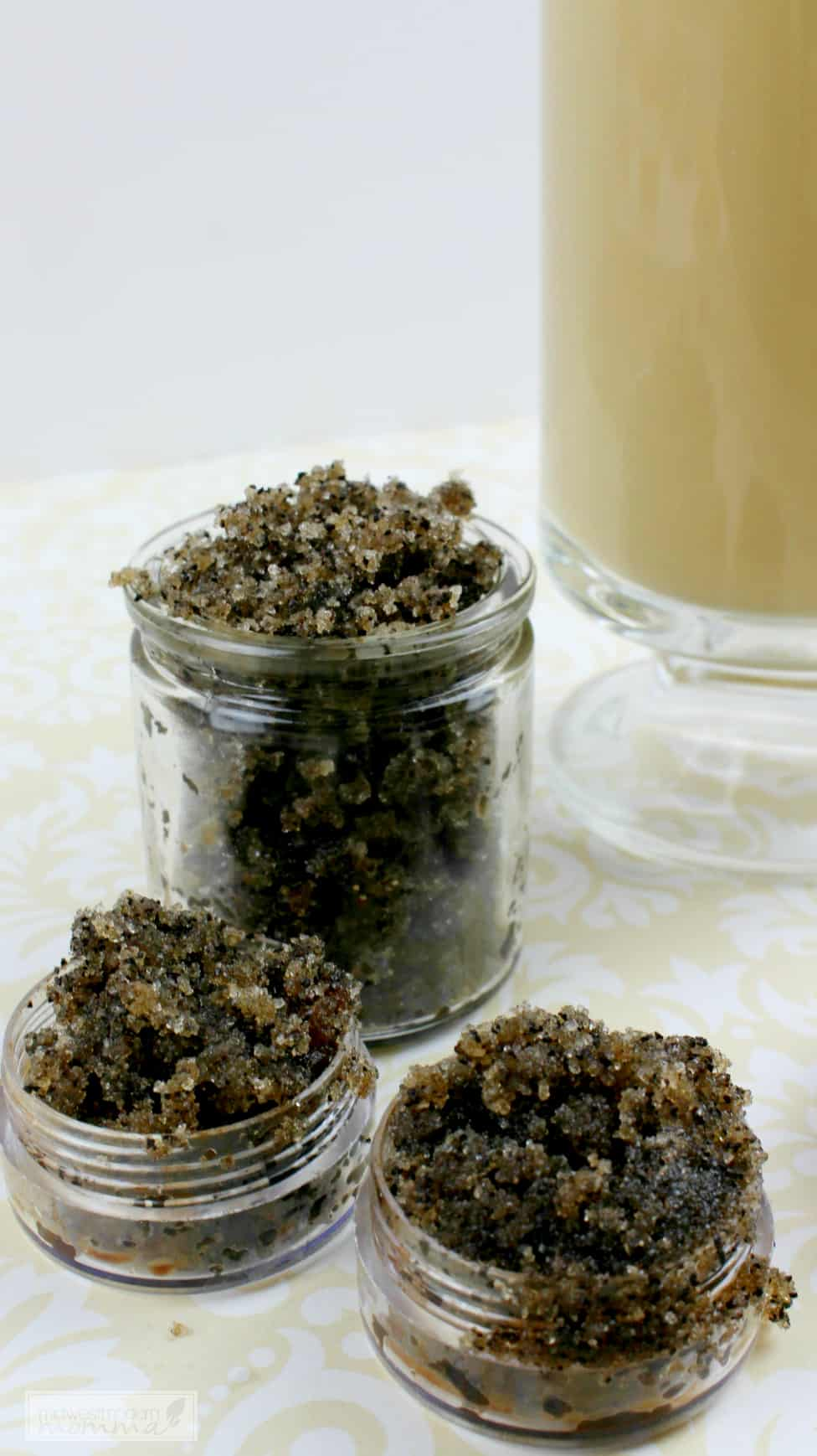 Make our Sugar Lip Scrub that has an amazing Vanilla Latte scent and flavor as a great chemical free homemade beauty product! This recipe is easy and affordable making it perfect for a teacher gift!