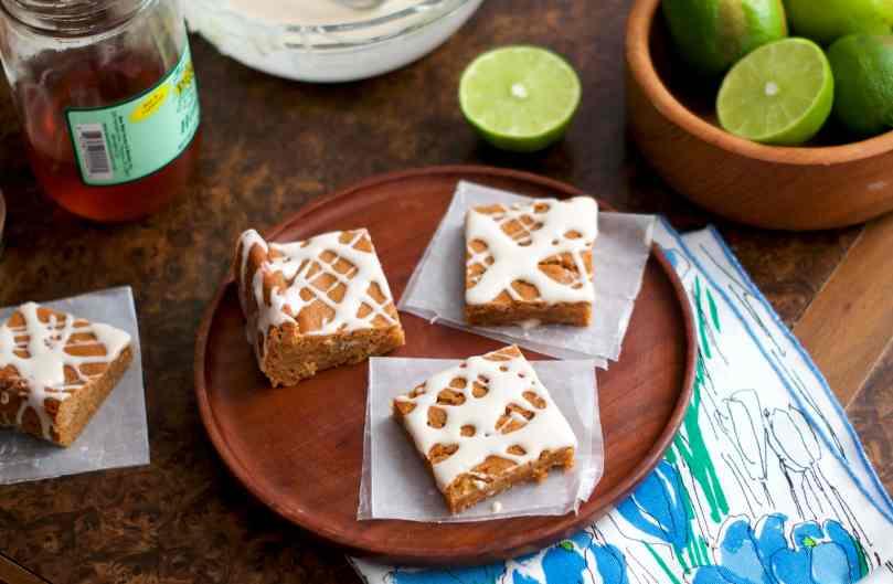 Honey Lime Cookie Bars | via Midwest Nice Blog