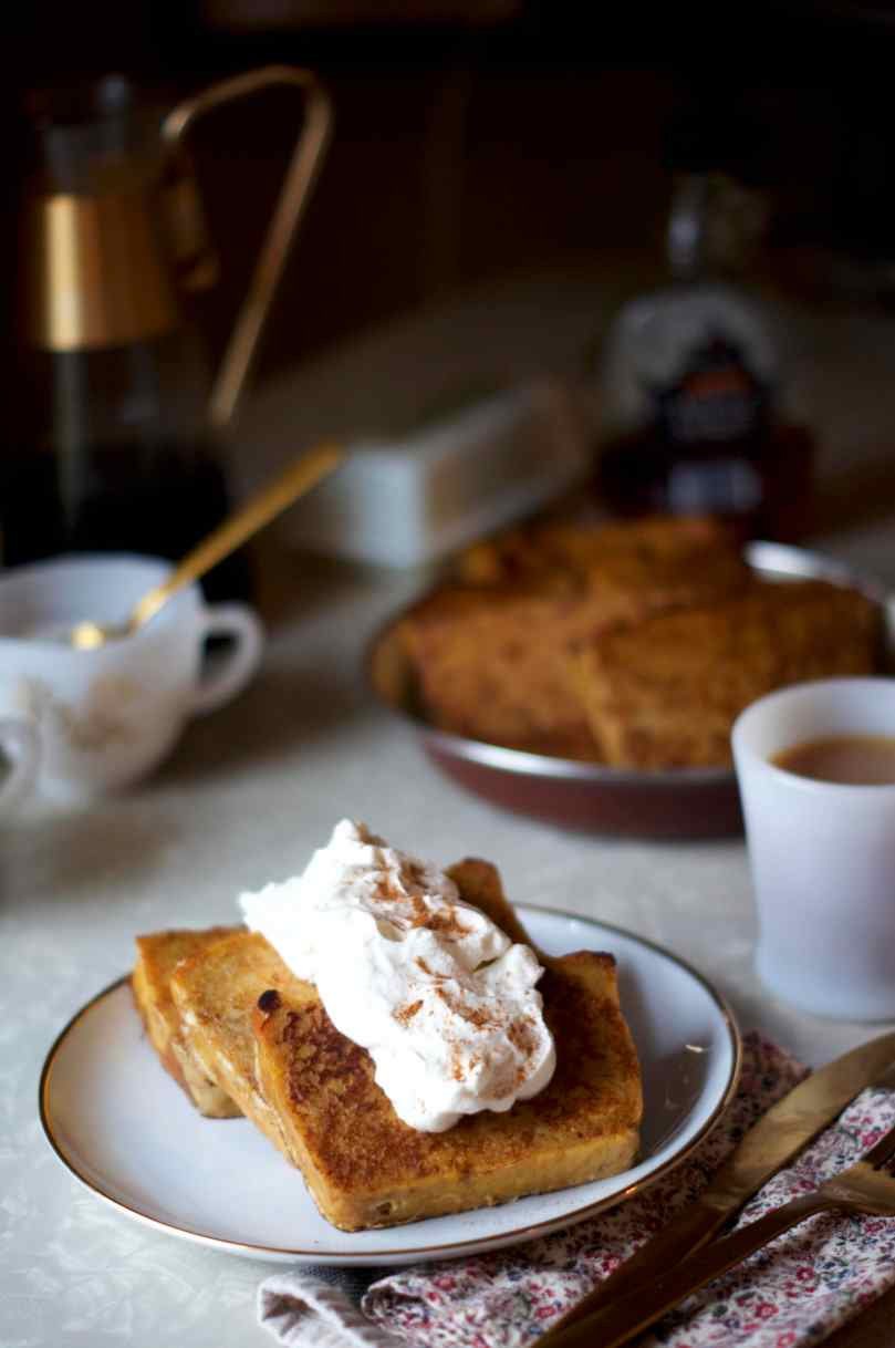 Pumpkin Bread Pudding French Toast | via Midwest Nice Blog