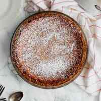 Apple Cider Chess Pie (& roommates)