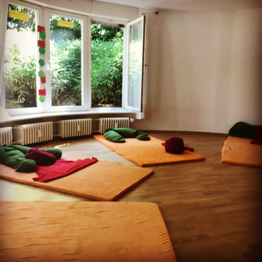 midwife in berlin english birth preparation classroom in berlin