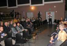 arch.2013-10-08-debata-spoleczna-mieszkancow-oseidla-kopernik@Glogow-(fot.D.Jeczmionka)-01-