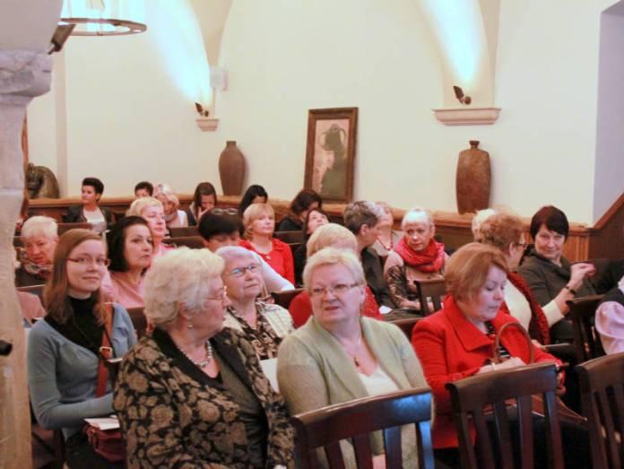 2013-11-23-akademia-kobiet-zainspirowanych@Glogow-fot.D.Jeczmionka-IMG_8515