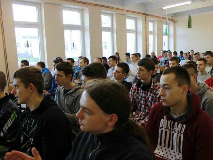2013-12-18-forum-zawodoznawcze@ZS.Wyzykowskiego@Glogow-IMG_8903
