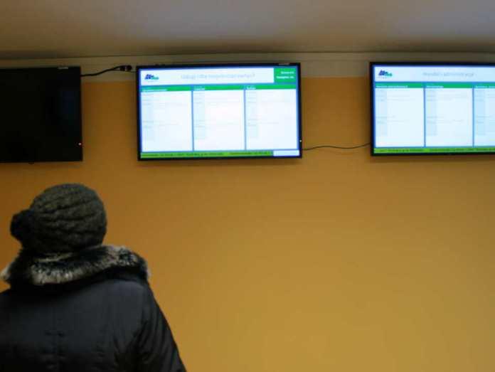 zdjęcie 2014-01-15-infokioski-monitory@Powiatowy-Urzad-Pracy@Głogów-IMG_9359