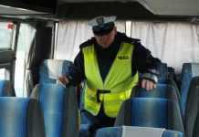 2014-02-06-policja-kontrola-autokarow@Glogow-autockontr_14_03