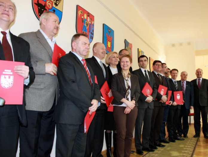 2014-02-11-podpisanie-listu-intencyjnego-w-sprawie-obwodnicy-Głogowa@Glogow-IMG_9681