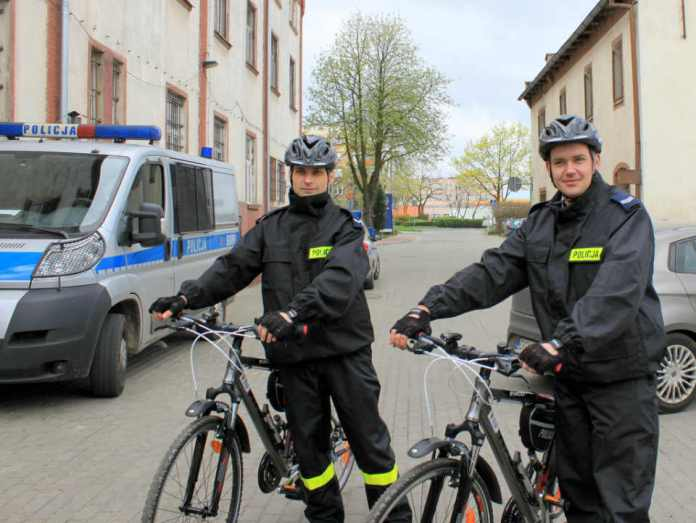 zdjęcie 2014-04-09-rowerowy-patrol-policyjny@Głogów-01