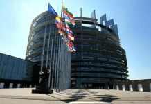 zdjęcie 2014-04-09-wybory-do-europarlament@Głogów-01