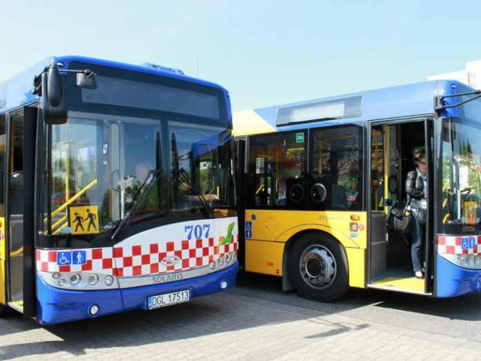 zdjęcie-2014-05-06-nowe autobusy-w-komunikacji-miejskiej@Głogów-01