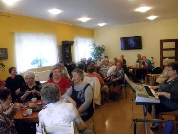 zdjęcie 2014-05-31-seniorzy@DDP@Głogów-004