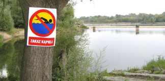 2014-07-19-zakaz kąpieli-001