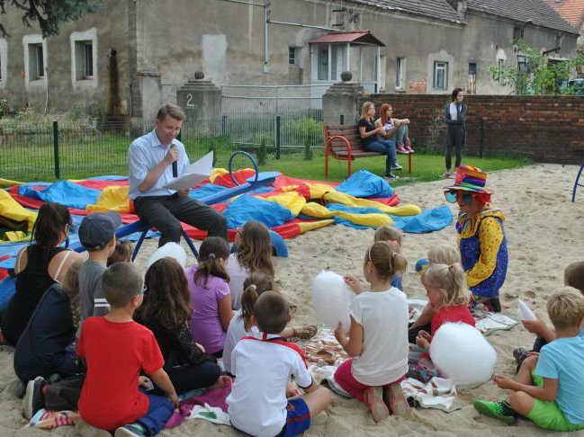 zdjęcie 2014-09-03-otwarcie placu zabaw @Kamiona@gmina Żukowice-001