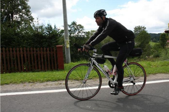 sierź. Krzysztof Woźniak, ultramaraton, kolarz, na rowerze