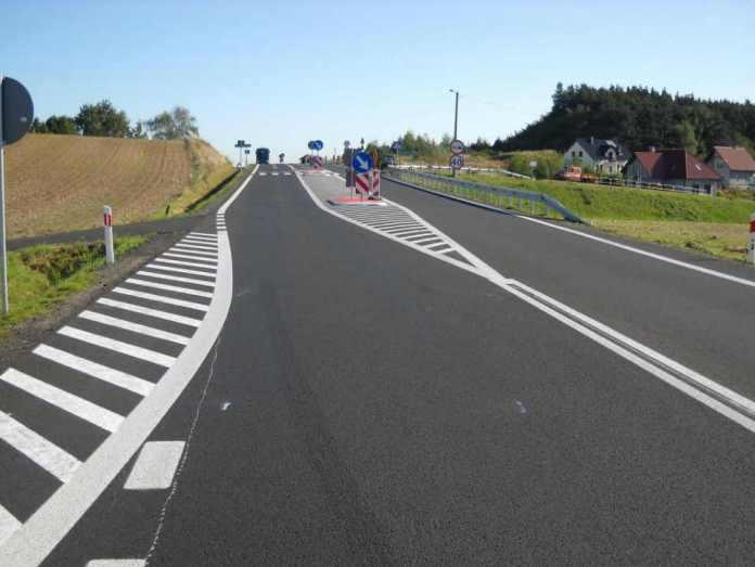 zdjęcie 2014-10-17 droga wojewódzka nr 329 głogów potoczek@Głogów-num