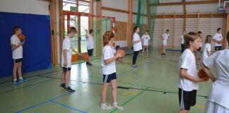 sport, wf, sala gimnastyczna, dzieci