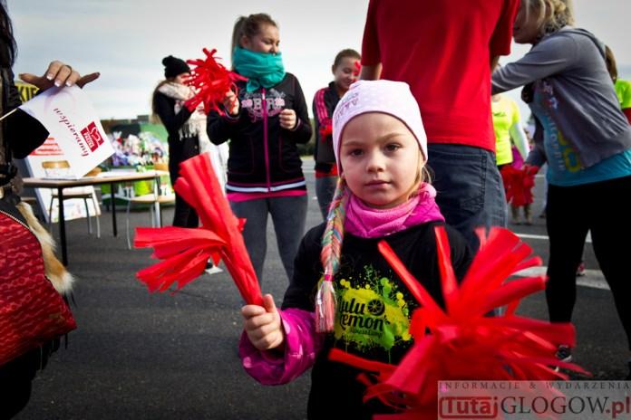 2014-11-08 Maraton Zumba Fitness Tańcz i pomagaj @Parking Tesco (fot.P.Dudzicki) 08