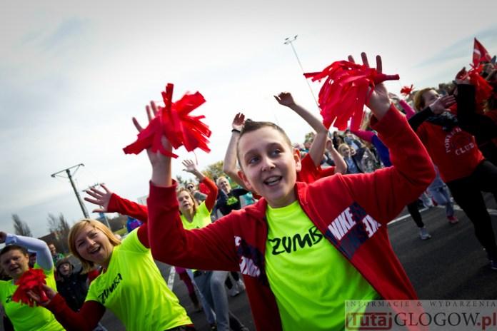 2014-11-08 Maraton Zumba Fitness Tańcz i pomagaj @Parking Tesco (fot.P.Dudzicki) 20