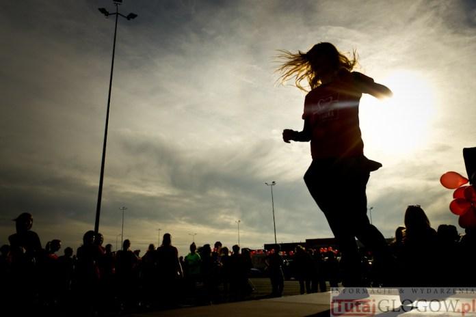 2014-11-08 Maraton Zumba Fitness Tańcz i pomagaj @Parking Tesco (fot.P.Dudzicki) 41