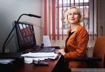 2015-02-11 Izabela Owczarek biblioteka (fot.P.Dudzicki) 01