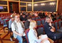 1025-05-19-debata społeczna@sala rajców@głogów