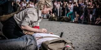 2015-08-01 Inscenizacja Powstania Warszawskiego @Rynek(fot.A.Karbowiak)-42