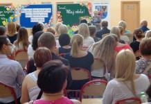 2015-09-01Głogowscy uczniowie rozpoczęli rok szkolny @Szkoła Podstawowa nr 14 (fot. A. Błaszczyk)