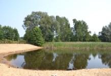 2015-09-03 Głogówek Teren przy stawie juz zagospodarowany @Głogówek (fot. UG Kotla)